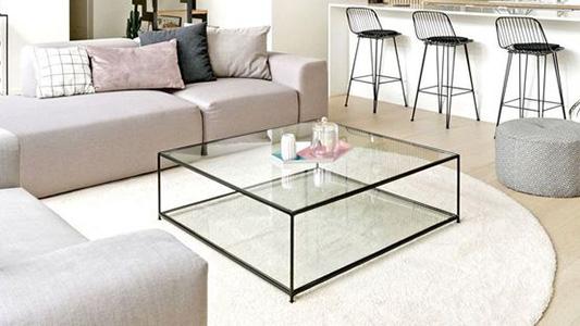 Ławy szklane w aranżacji salonu (i nie tylko)